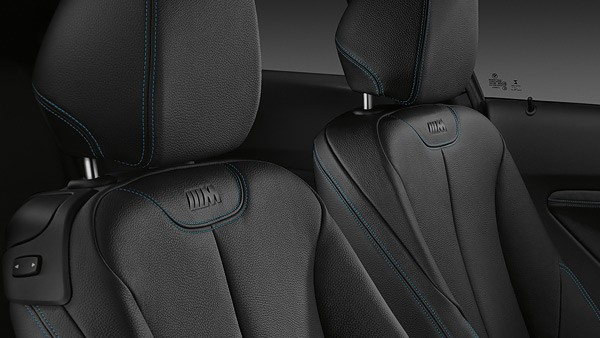 M2 Coupe interior seats 2