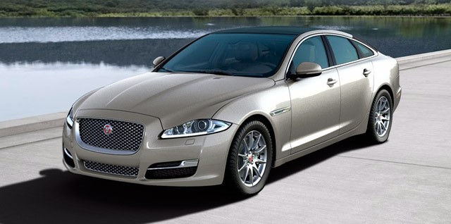 Model-Jaguar-XJ-Luxury
