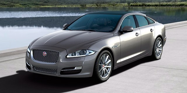 Model-Jaguar-XJ-Premium-Luxury