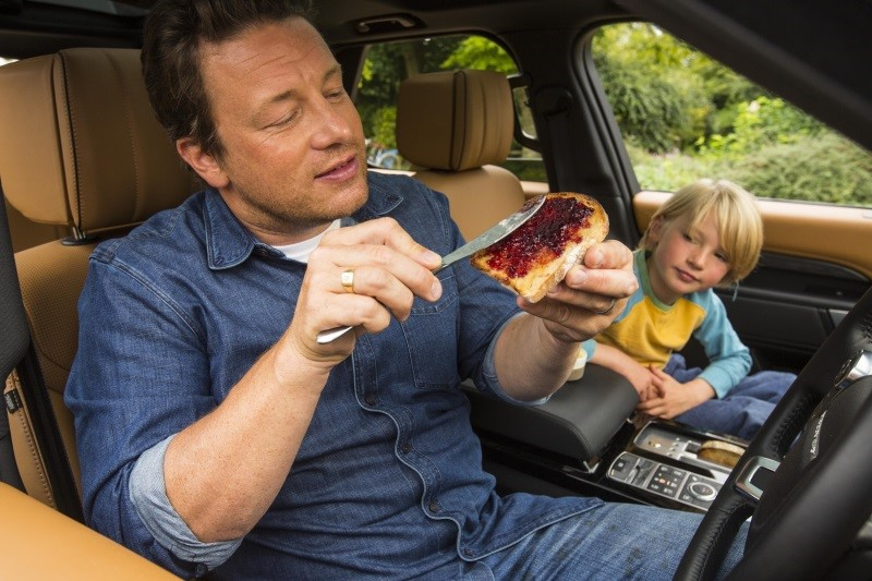 2017-Q4-News-jamie-oliver-discovery-and-buddy