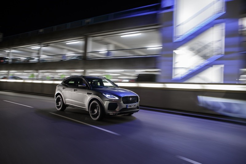2017-q4-news-E-PACE-winning-best-crossover-car
