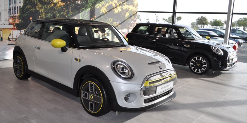 MINI-ELECTRIC-ROUND-UP