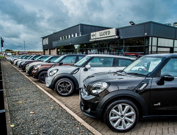 MINI-Carlisle-New-Showroom
