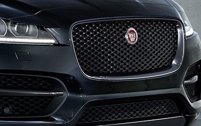 2018-Q1-Offers-F-PACE-Black-Edition-Black-Pack