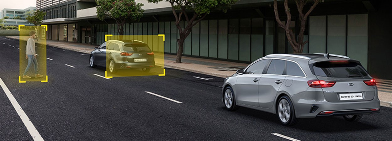 Kia-Ceed-SW-Forward-Collision-Avoidance-Assist