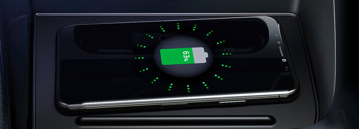 Kia-Niro-Plug-In-Wireless-Mobile-Phone-Charger