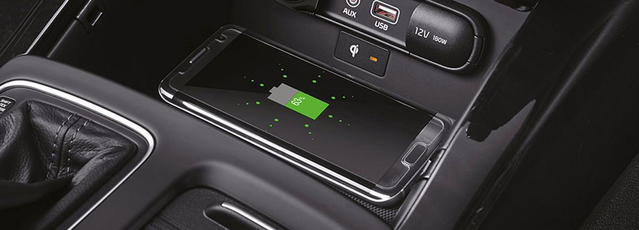 Kia-Sorento-Wireless-Phone-Charger