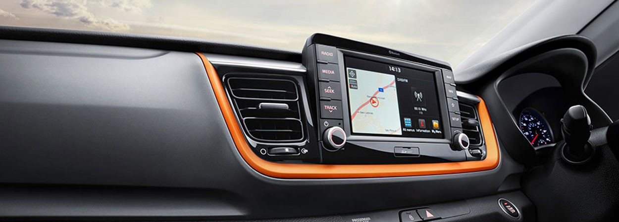 Kia-Stonic-Touchscreen-Navigation