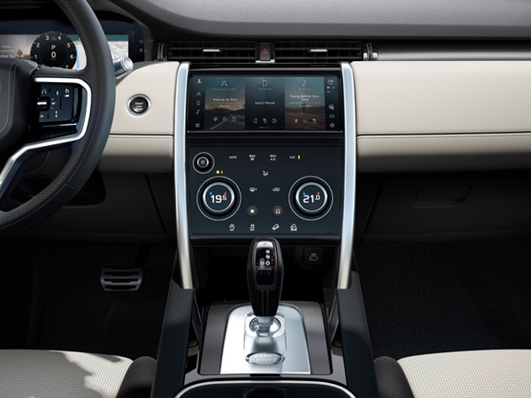 Land Rover, Discovery Sport interior, 5 + 2 seating, SUV, family car