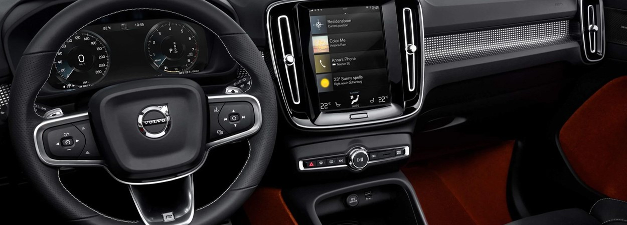 Volvo-XC40-R-Design-Interior