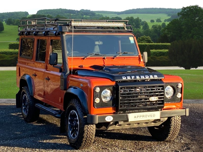 Used LAND ROVER COMMERCIAL | LAND ROVER COMMERCIAL DEFENDER Adventure Station Wagon TDCi [2.2]